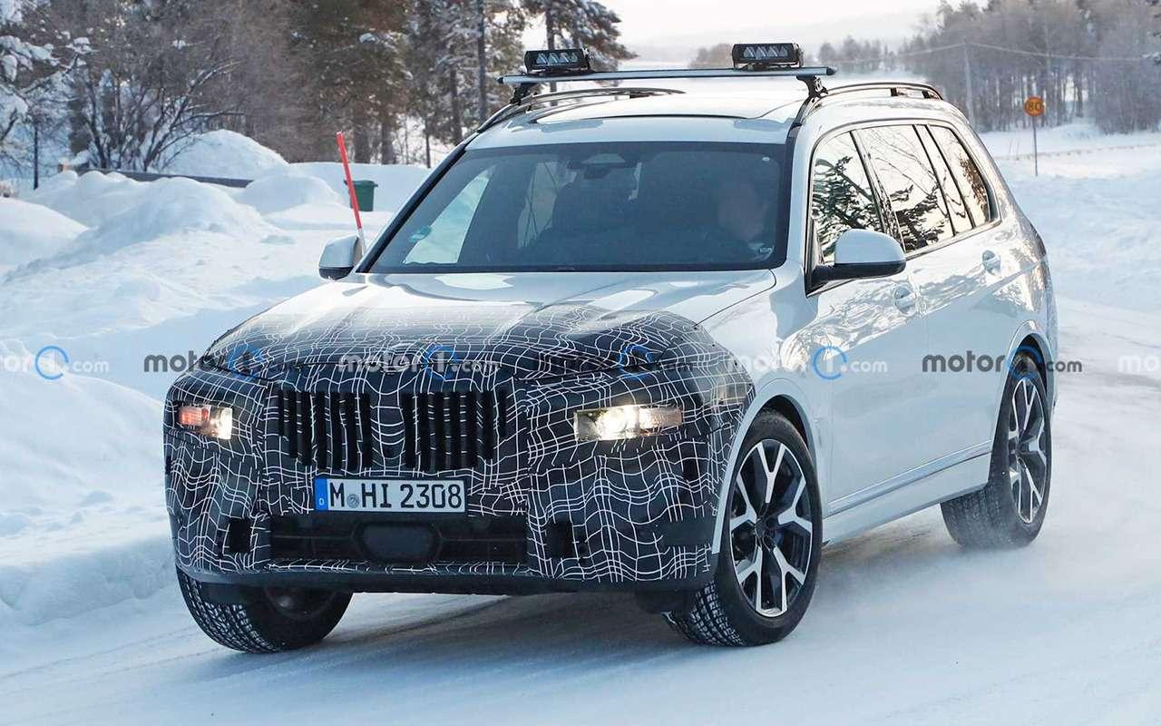 Тесты вснегах: фото обновленного BMW X7— фото 1224147
