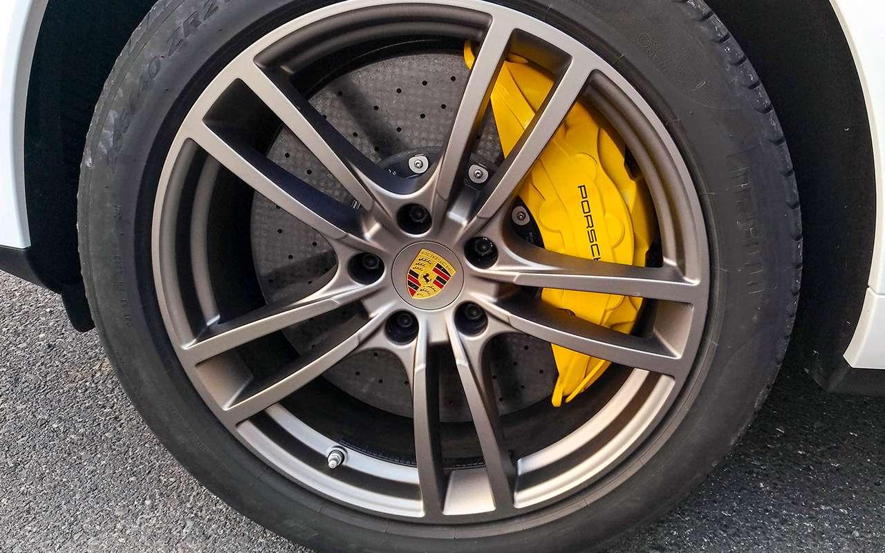 Porsche Cayenne третьего поколения— тест-драйв ЗР— фото 834172