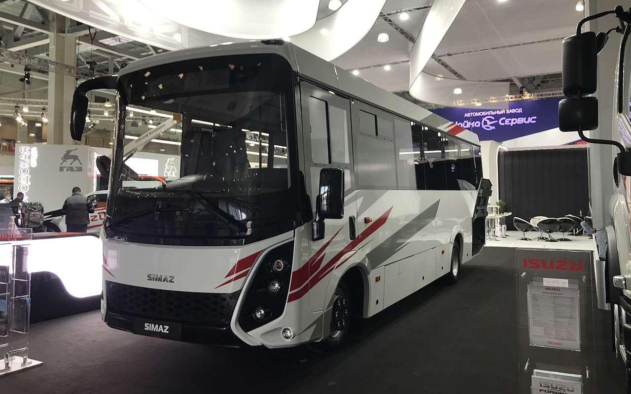 5 перспективных автобусов наCOMTRANS 2021(+троллейбус КАМАЗ)— фото 1276400