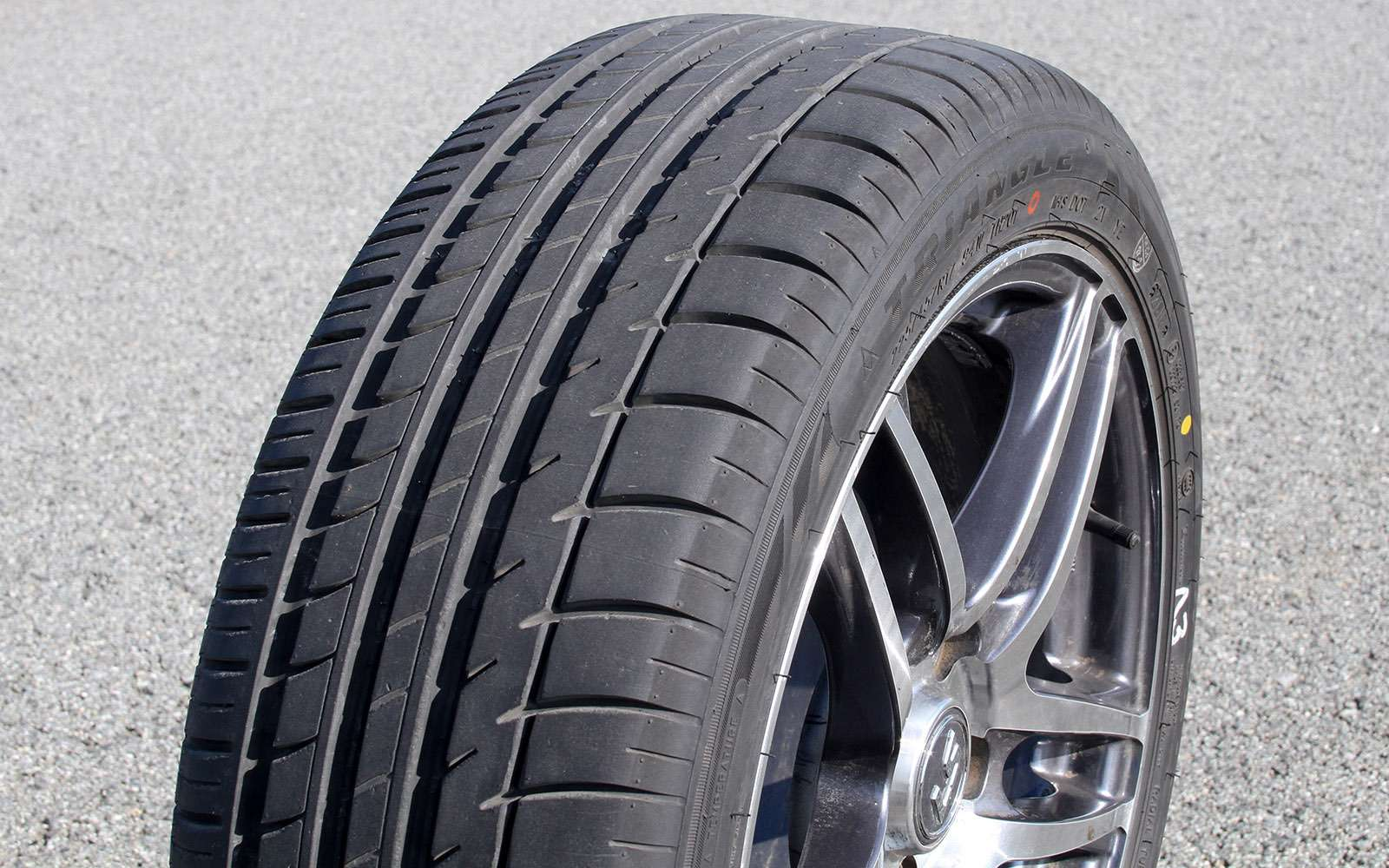 Летние шины 225/45R17: сравниваем 12комплектов— фото 725160