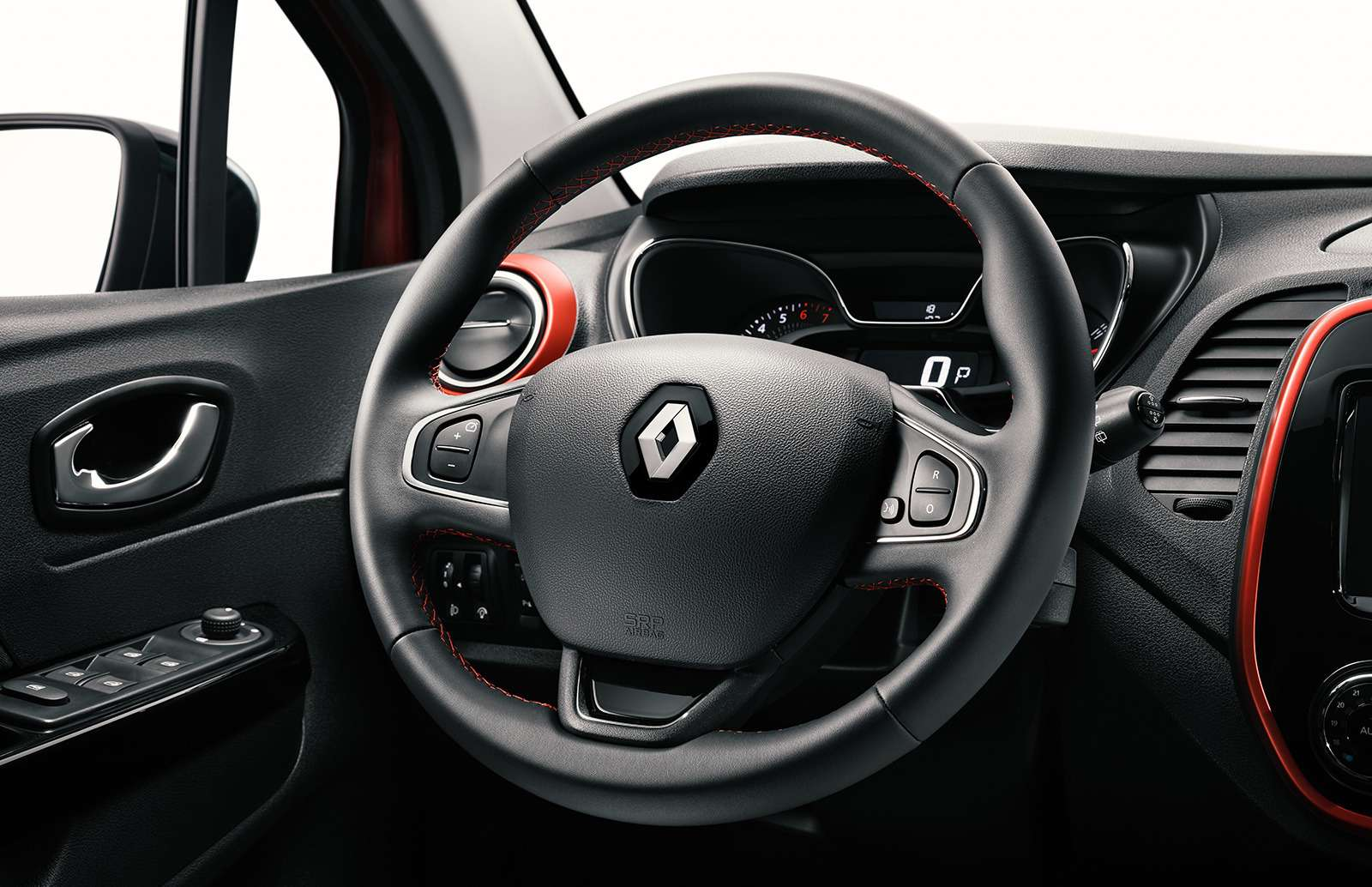 5 причин полюбить Renault Kaptur Play изабыть про другие кроссоверы— фото 918993