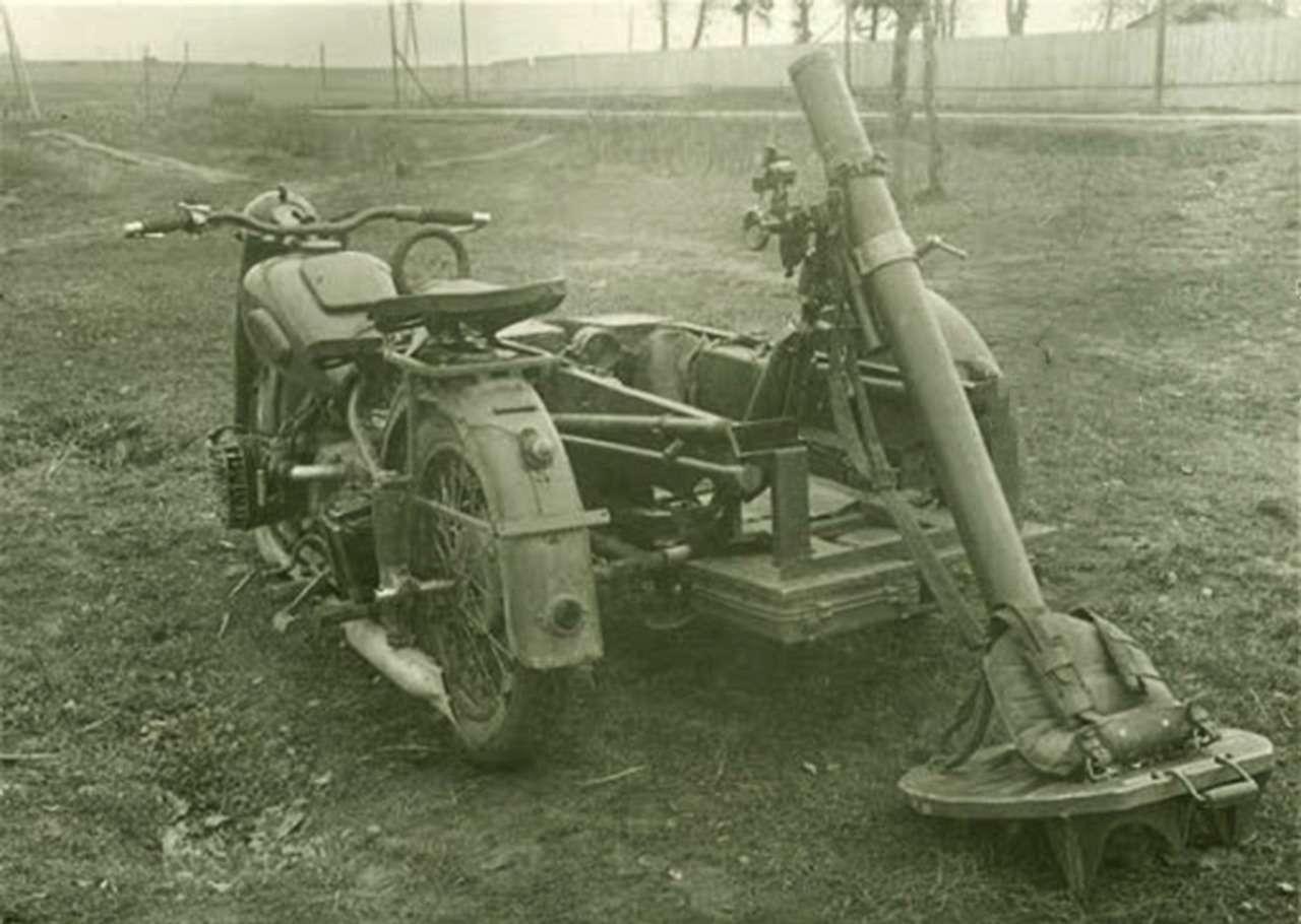 Мотоциклы навойне: микроскутеры, минометчики игусеницы— фото 1102330