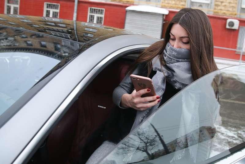 Лишенная прав Багдасарян вновь получила штраф ГИБДД