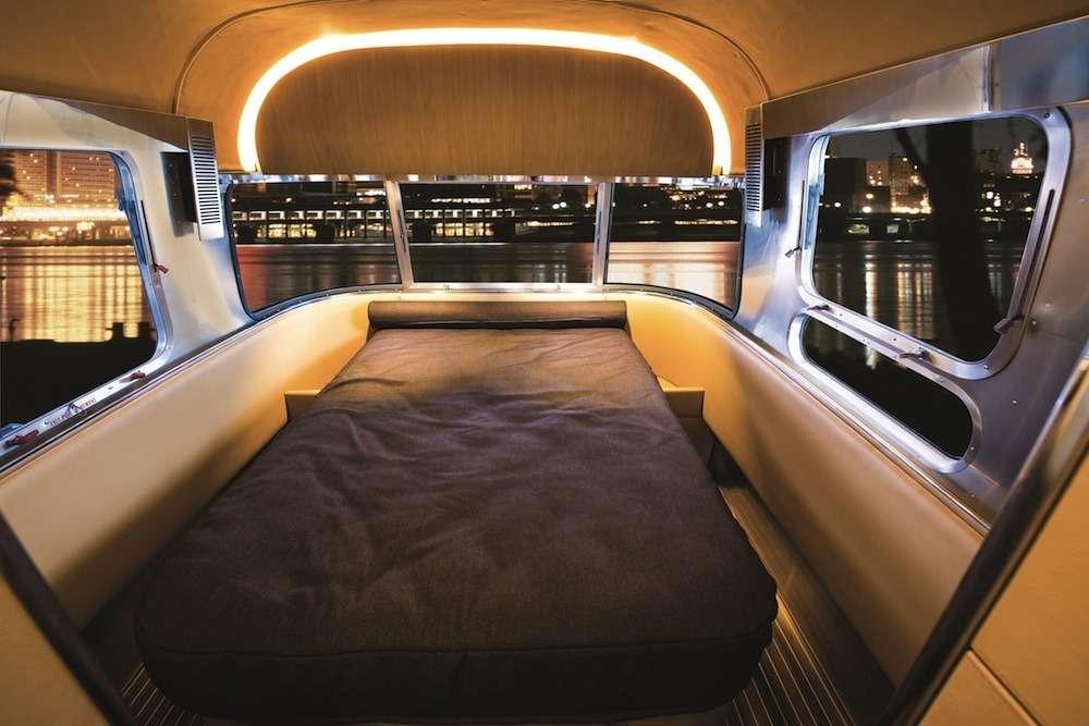 no_copyright_Land-Yacht-Prototype-Bedroom-Hi-Res