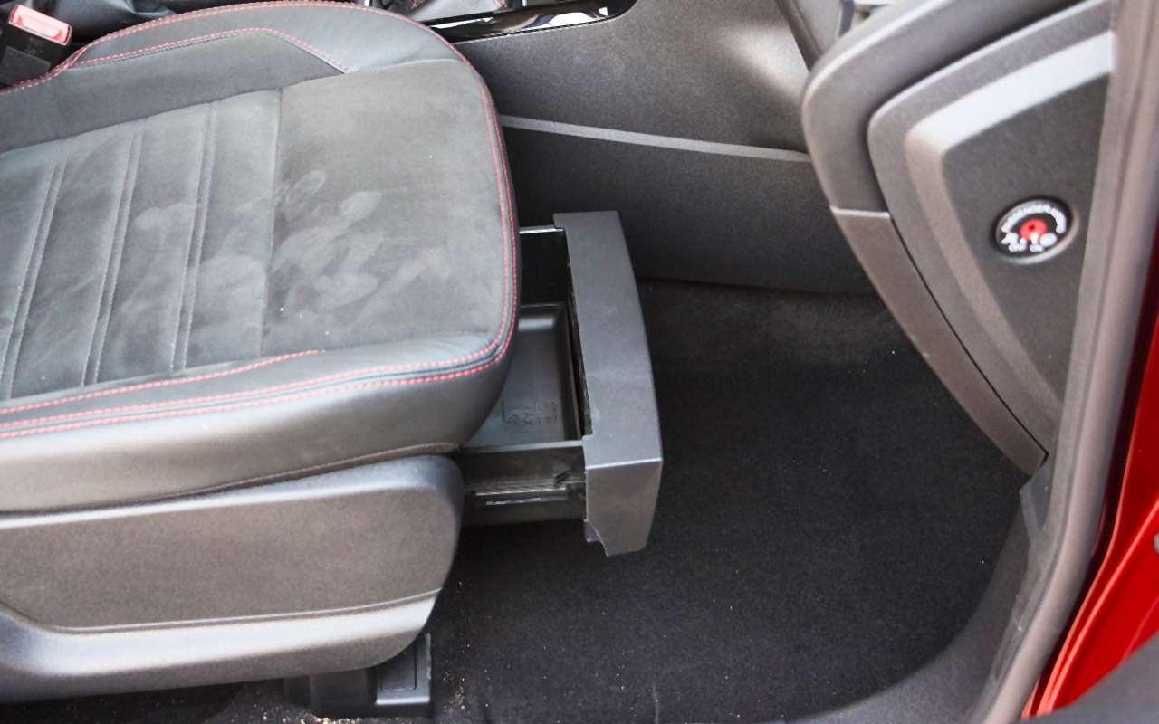 Обновленный Ford EcoSport— тест-драйв «Зарулем»— фото 838849