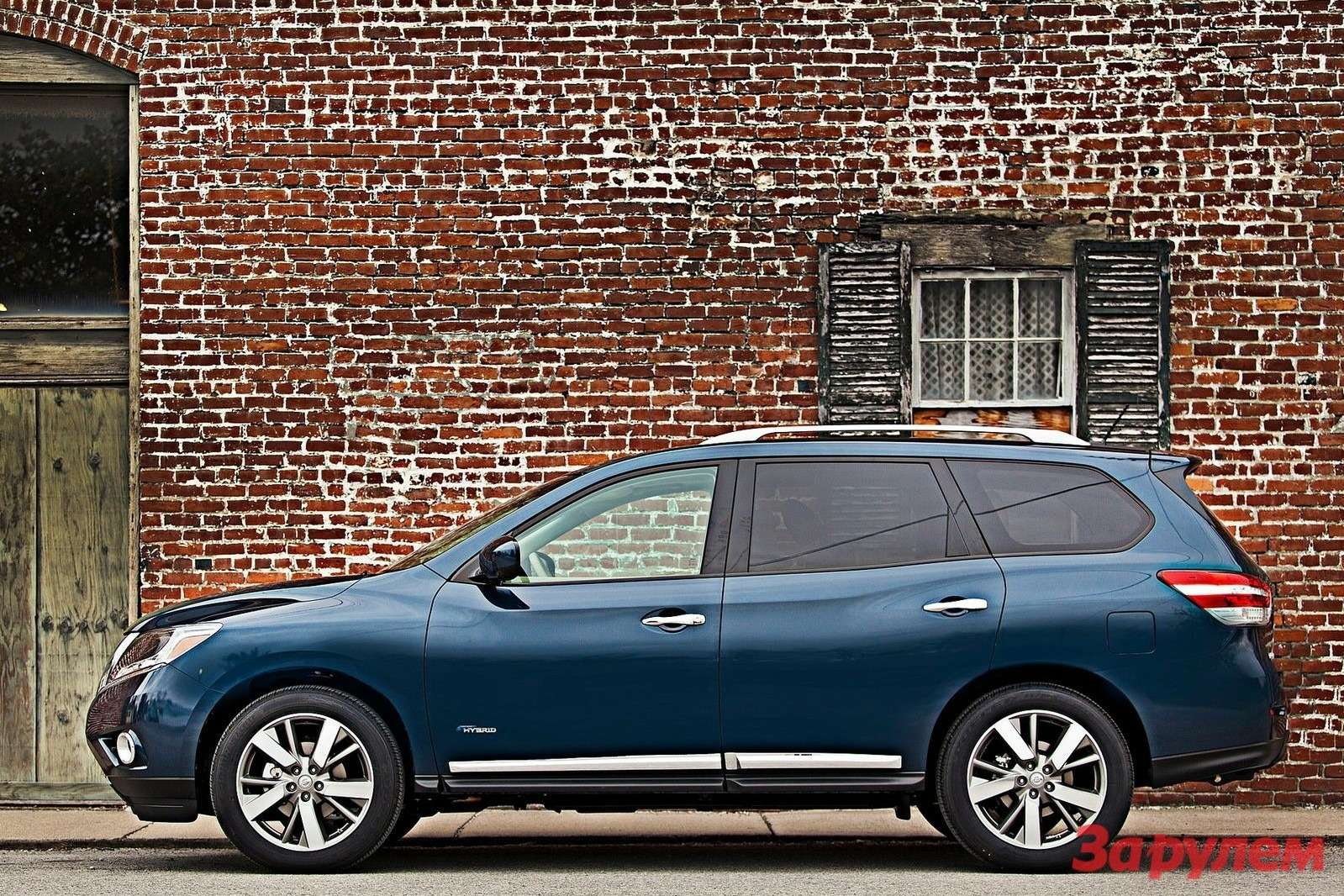 Nissan Pathfinder Hybrid 2014 1600x1200 wallpaper 04