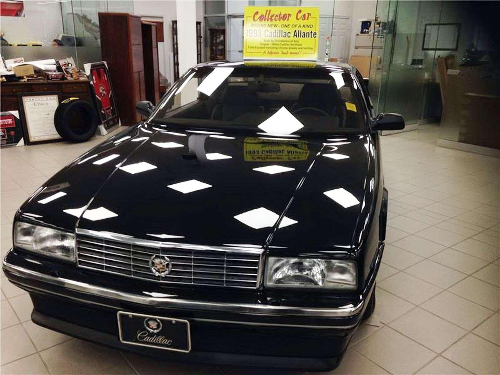 Cadillac Allante задержался вшоу-руме на… четверть века— фото 698747