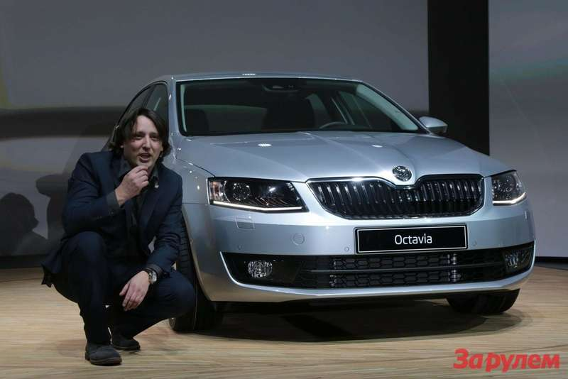 New Skoda Octavia side-front view 2