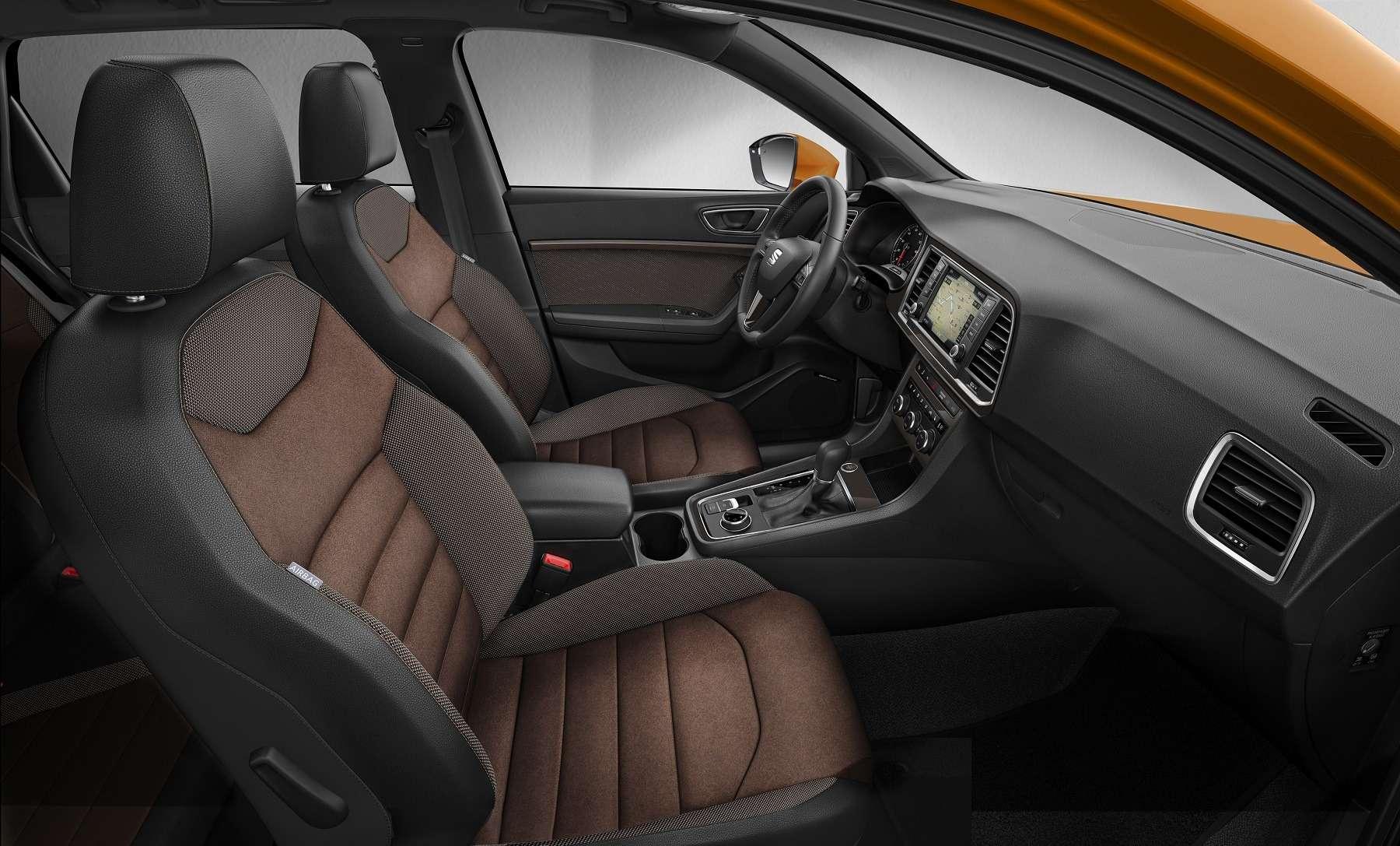 КакGolf R, только паркетный: SEAT готовит яростный кроссовер Ateca Cupra— фото 589160