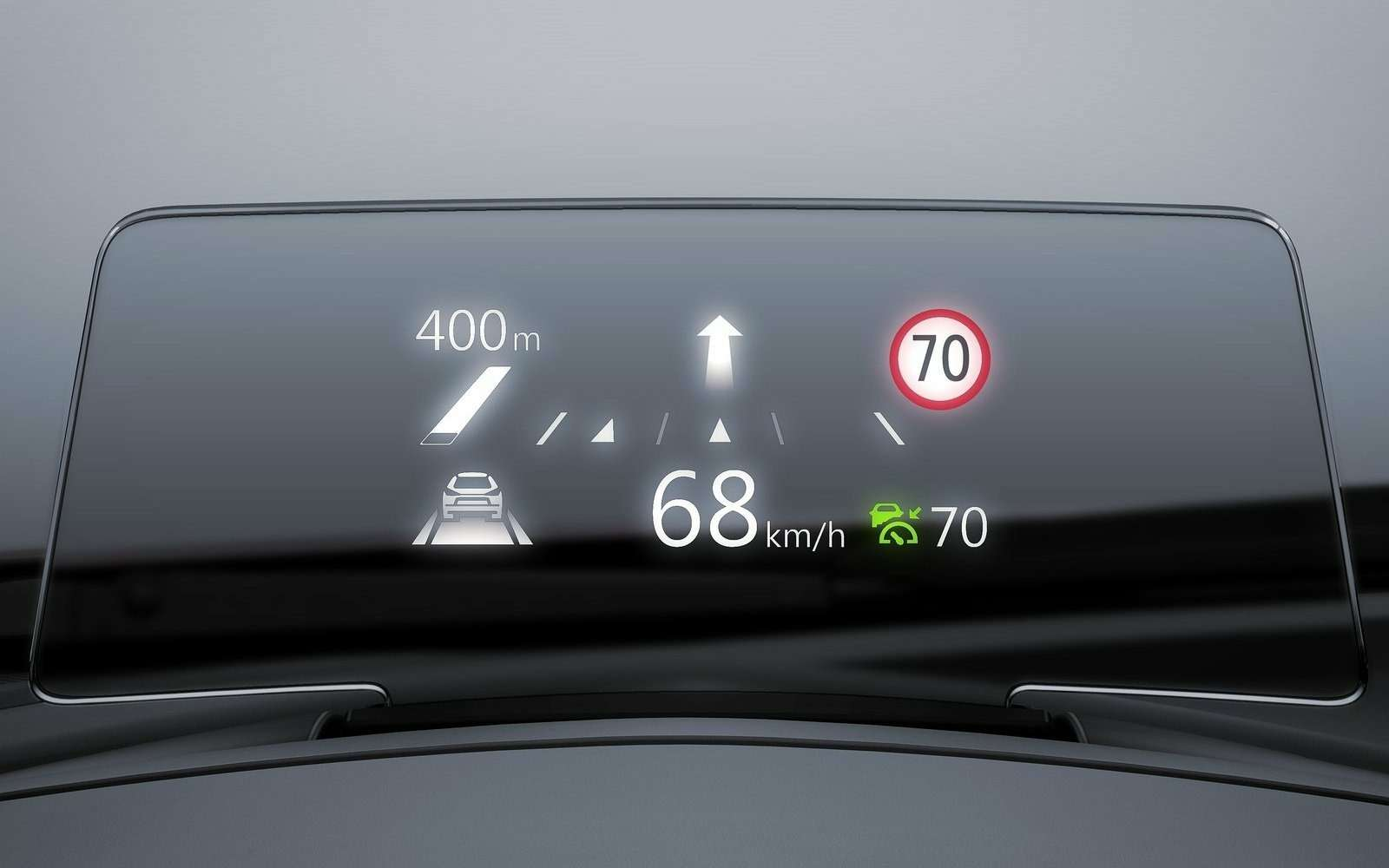 Обновленная Mazda 3будет сама жать нагаз!— фото 608702