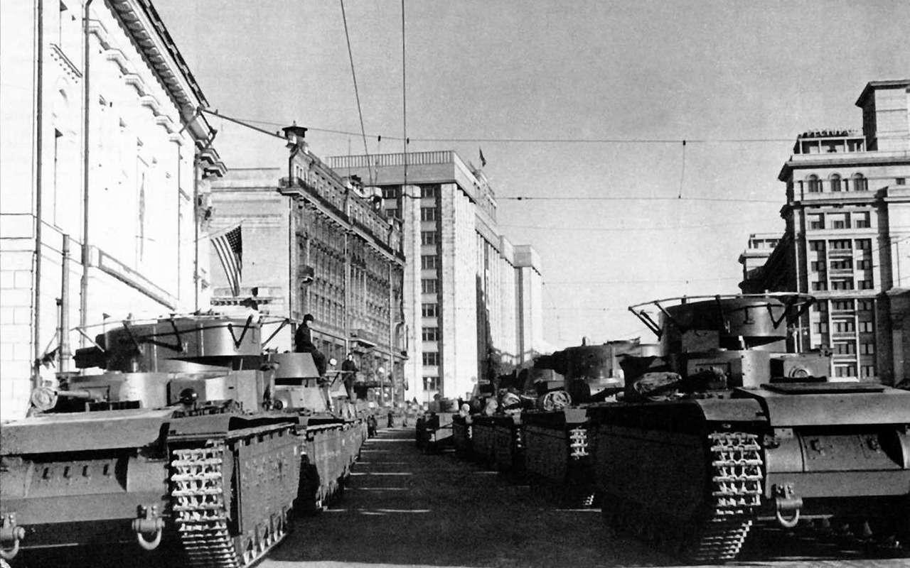 Неизвестный гигант Красной Армии: пятибашенный танк Т-35— фото 974067