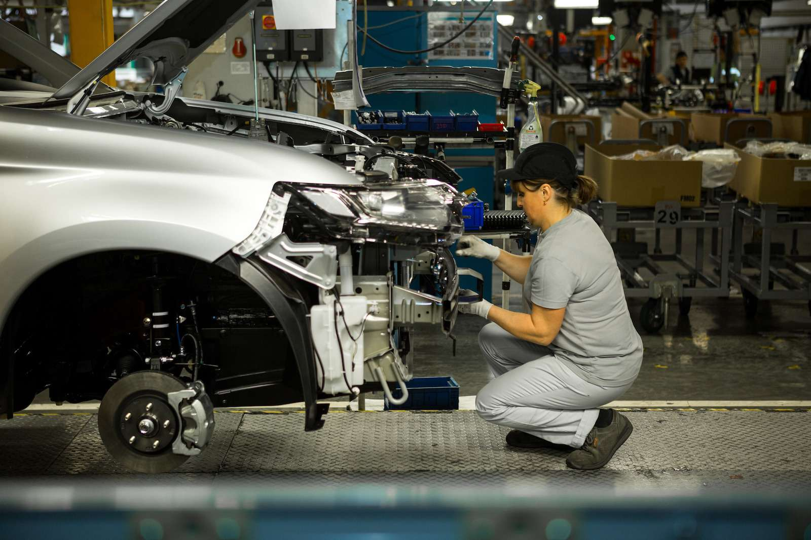 Почему локализованные вКалуге автомобили недешевеют— фото 573415
