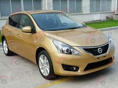 Nissan Tiida new_01_no_copyright