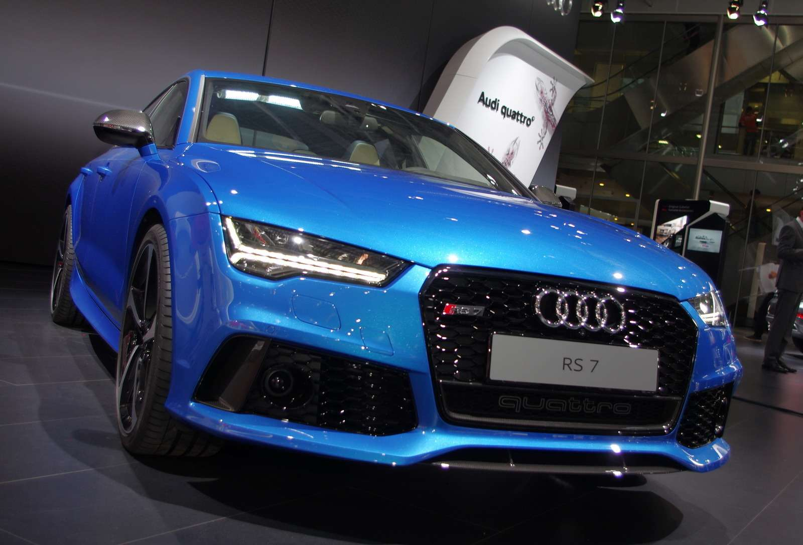 Audi07