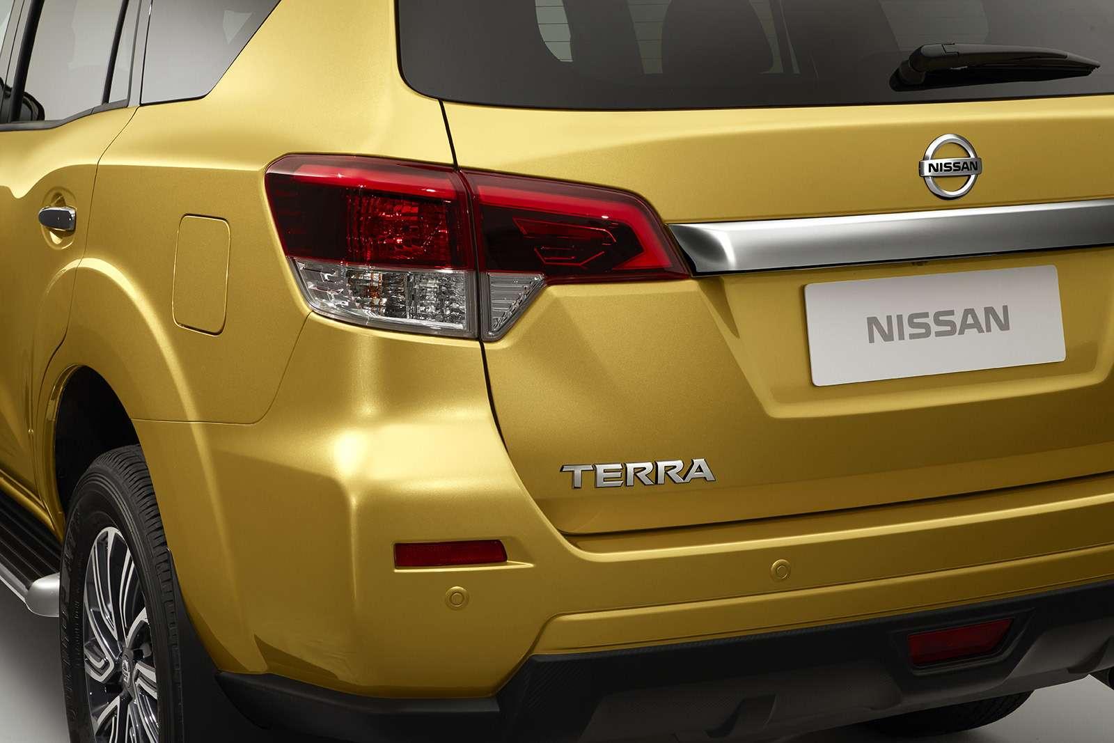 Nissan Terra— конкурент Toyota Fortuner— фото 848515