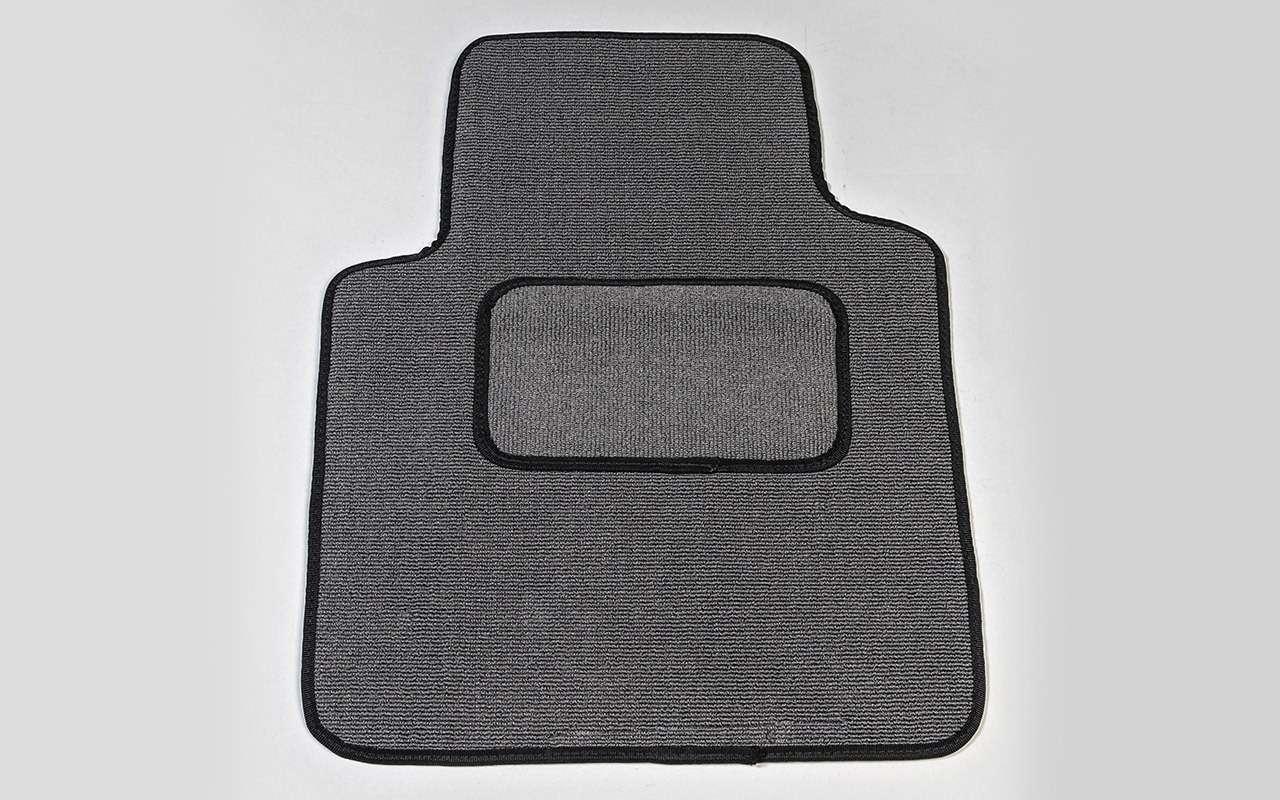 Выбираем коврики дляавтомобиля— тест 10комплектов— фото 827629