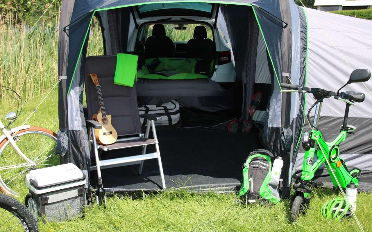 Дешевая альтернатива кемперу— надувная палатка Skoda— фото 1141529
