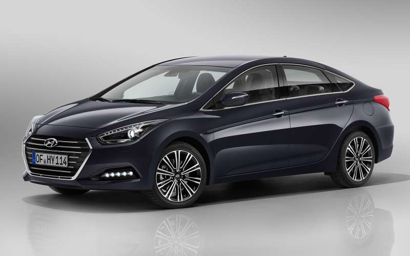 Hyundai i40. Цены: 1 099 000 — 1 599 000 рублей.