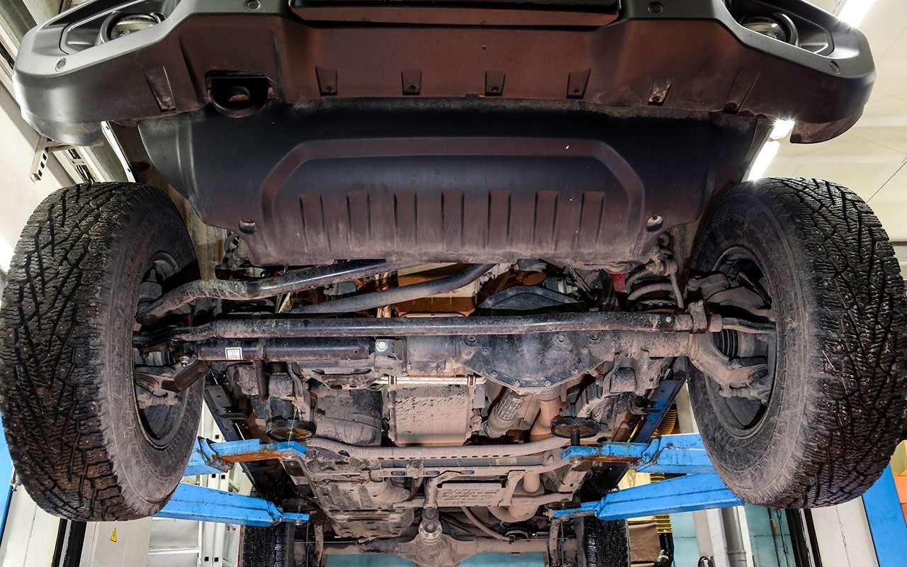 Тест-драйв легенд бездорожья: Lada 4x4, Suzuki Jimny, Jeep Wrangler— фото 1089417
