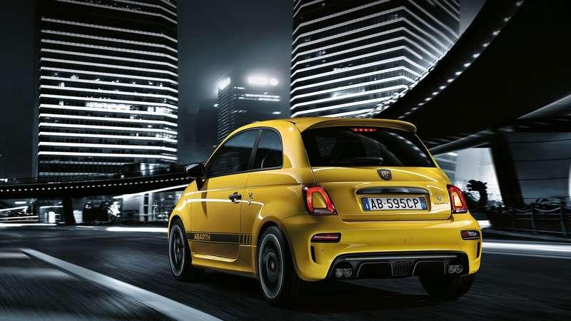 «Горячий» Fiat 500 помешался на спорте