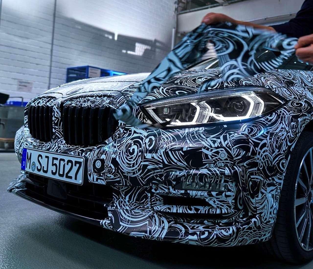 Диоды покругу ицифровые приборы: новые детали осамом доступном BMW— фото 974768