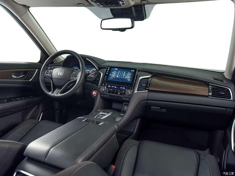 Серийный кроссовер Honda Avancier показался нановых фото