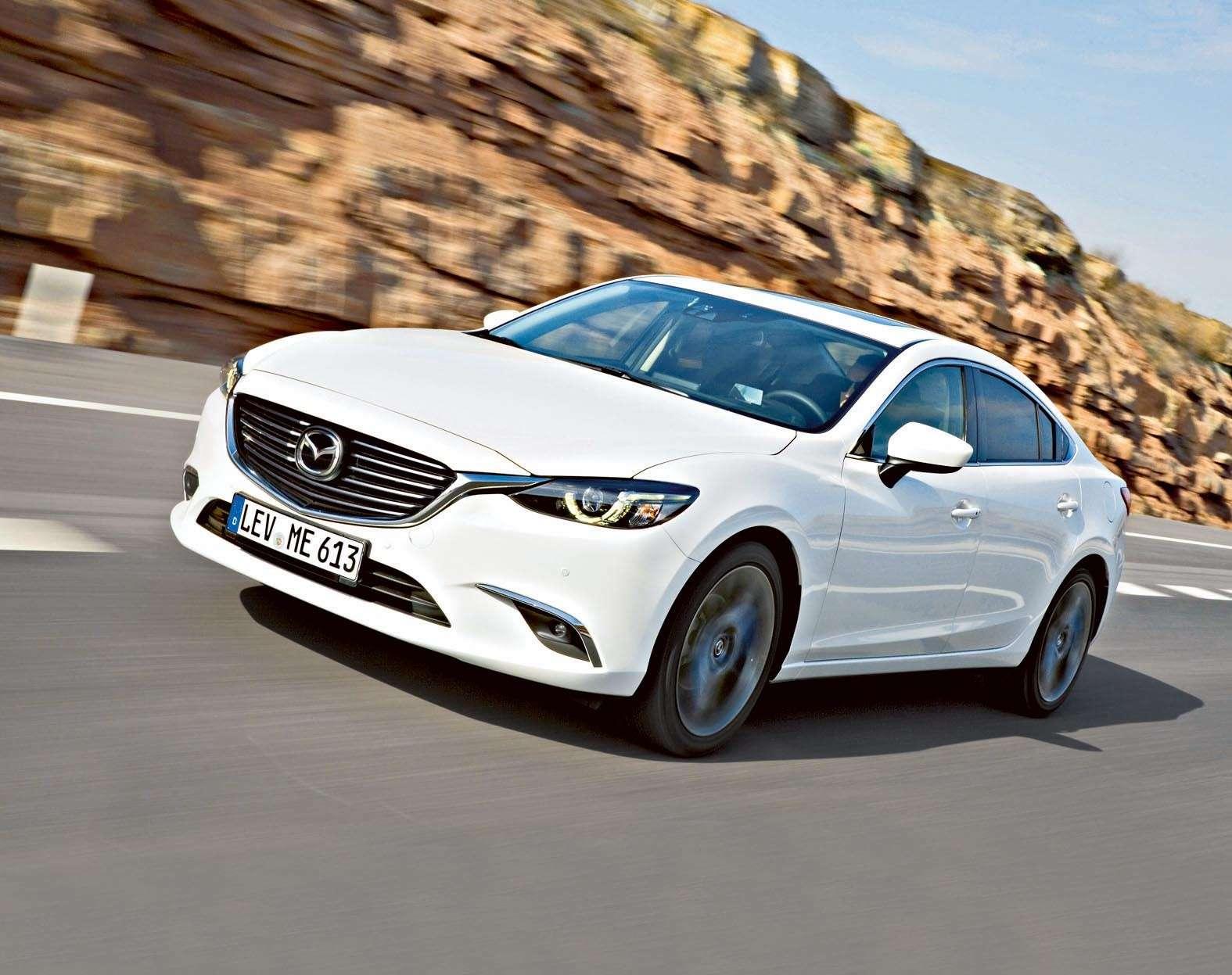 2015_Mazda6_action_24_SDN__jpg300