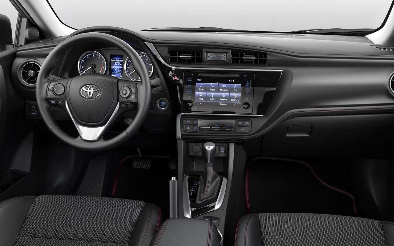 Новая Toyota Corolla: ищем отличия отпредшественницы— фото 924471
