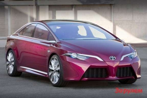 Toyota NS4 Advanced Plug-in Hybrid Concept side-front view