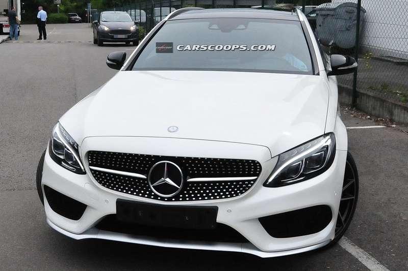 2015-Mercedes-C450-AMG-Sport-1