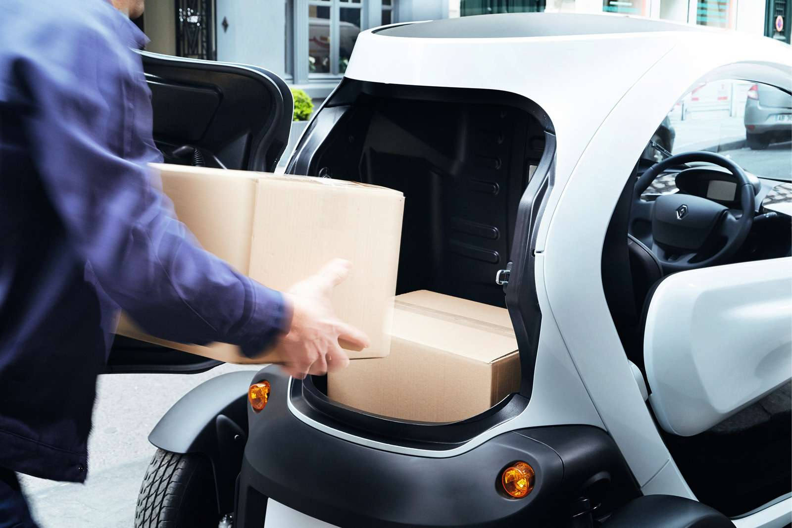 Renault позволила частникам покупать Twizy иKangoo Z.E.— фото 630783