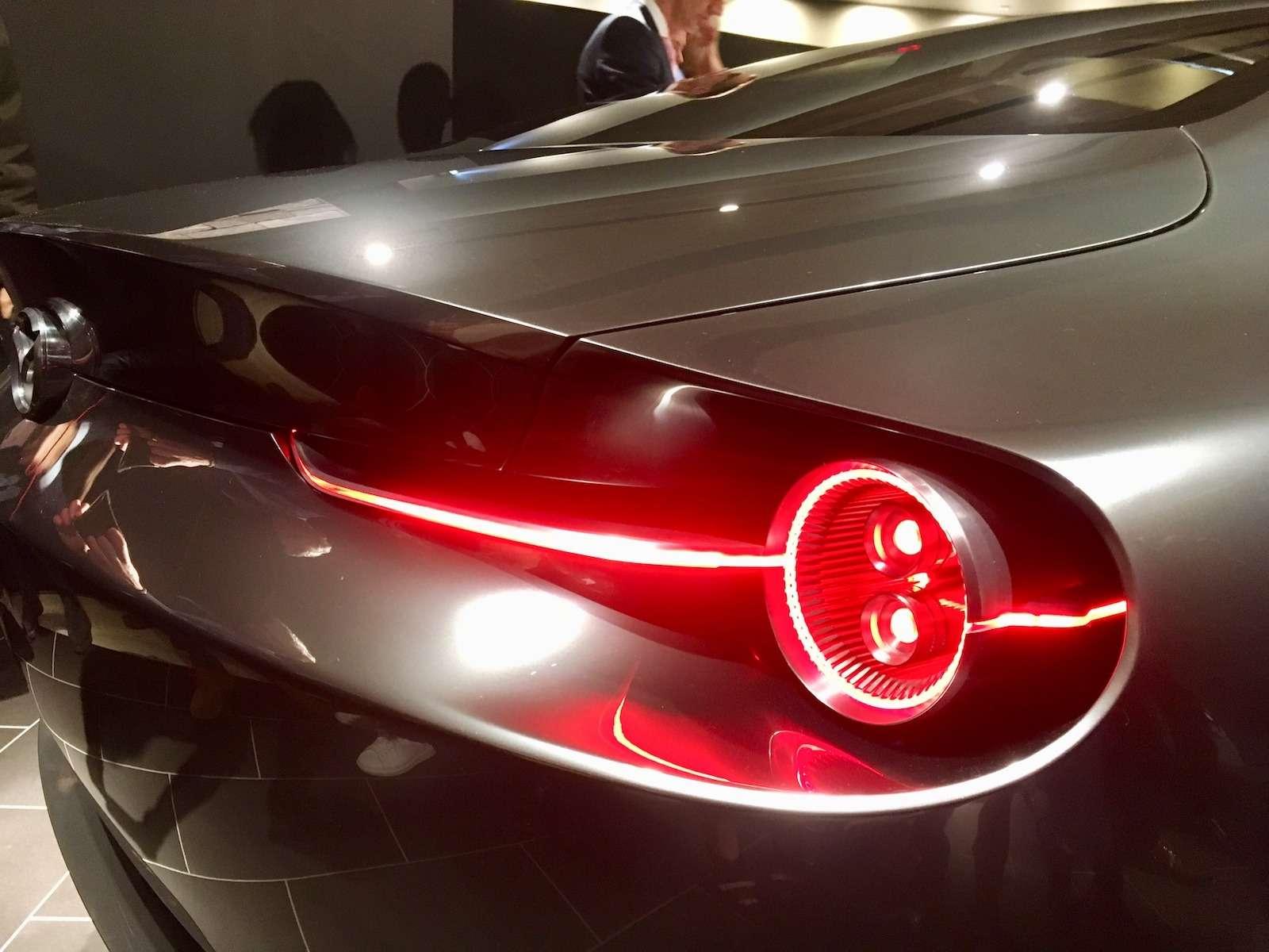 Больше света: Mazda представила обновленную дизайн-концепцию— фото 808880