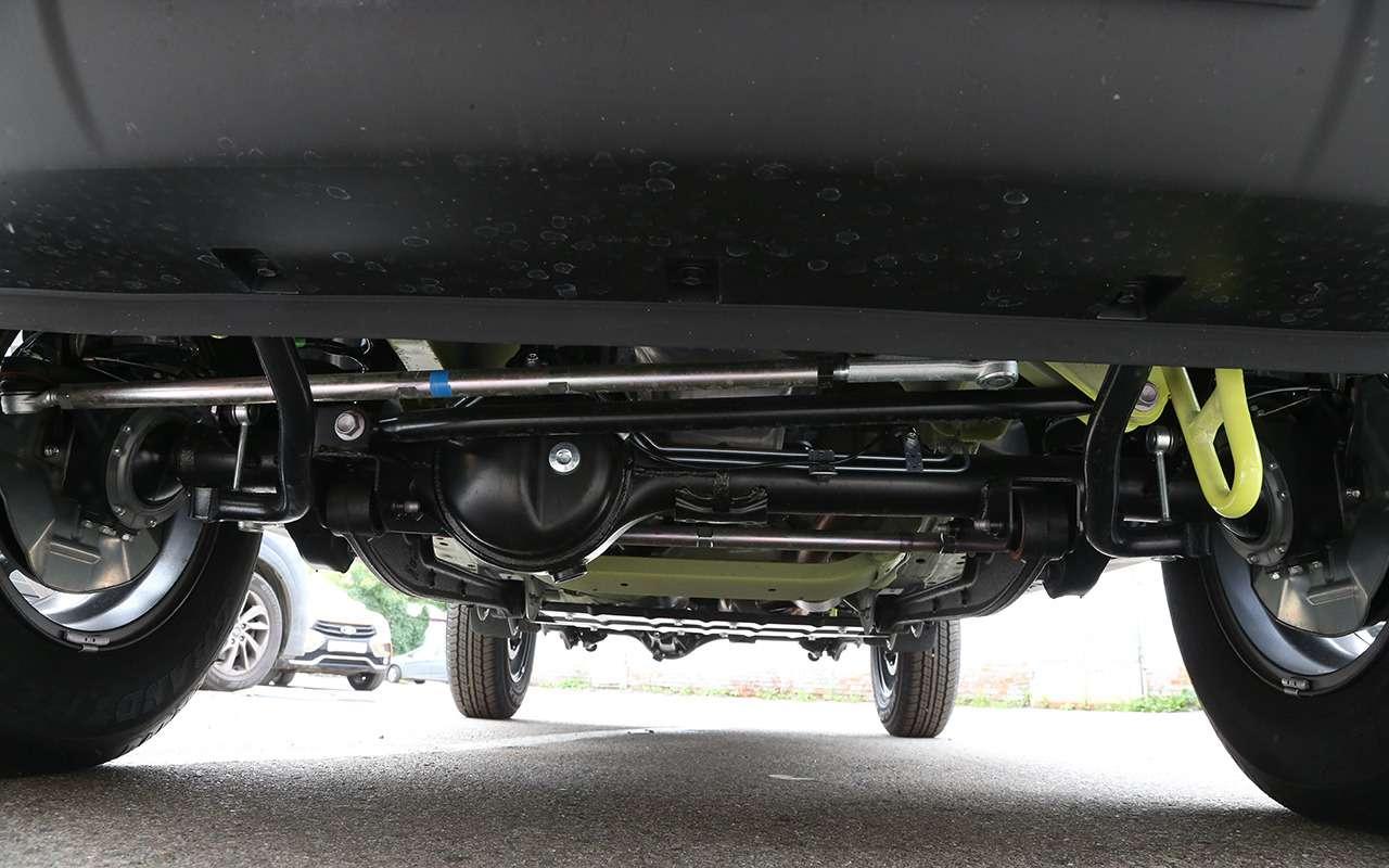 Новый Suzuki Jimny— тест вовсех подробностях— фото 993058