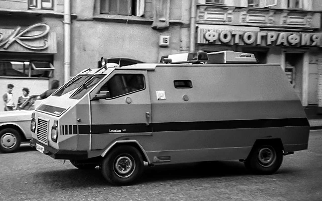 Тотсамый «рафик»: полная история главного микроавтобуса СССР— фото 1218820