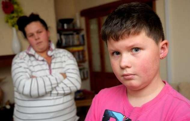 11-летний школьник пострадал из-за стрижки вформе эмблемы VW