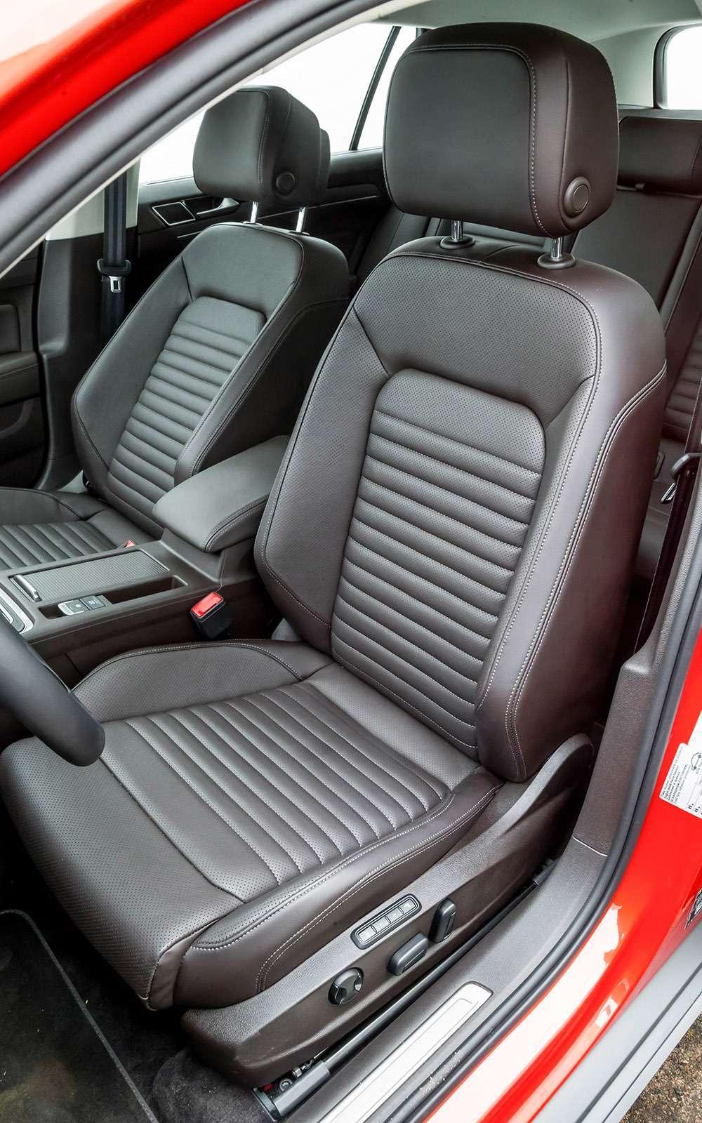 Volkswagen Passat Variant или Alltrack: зачто доплата?— фото 693507