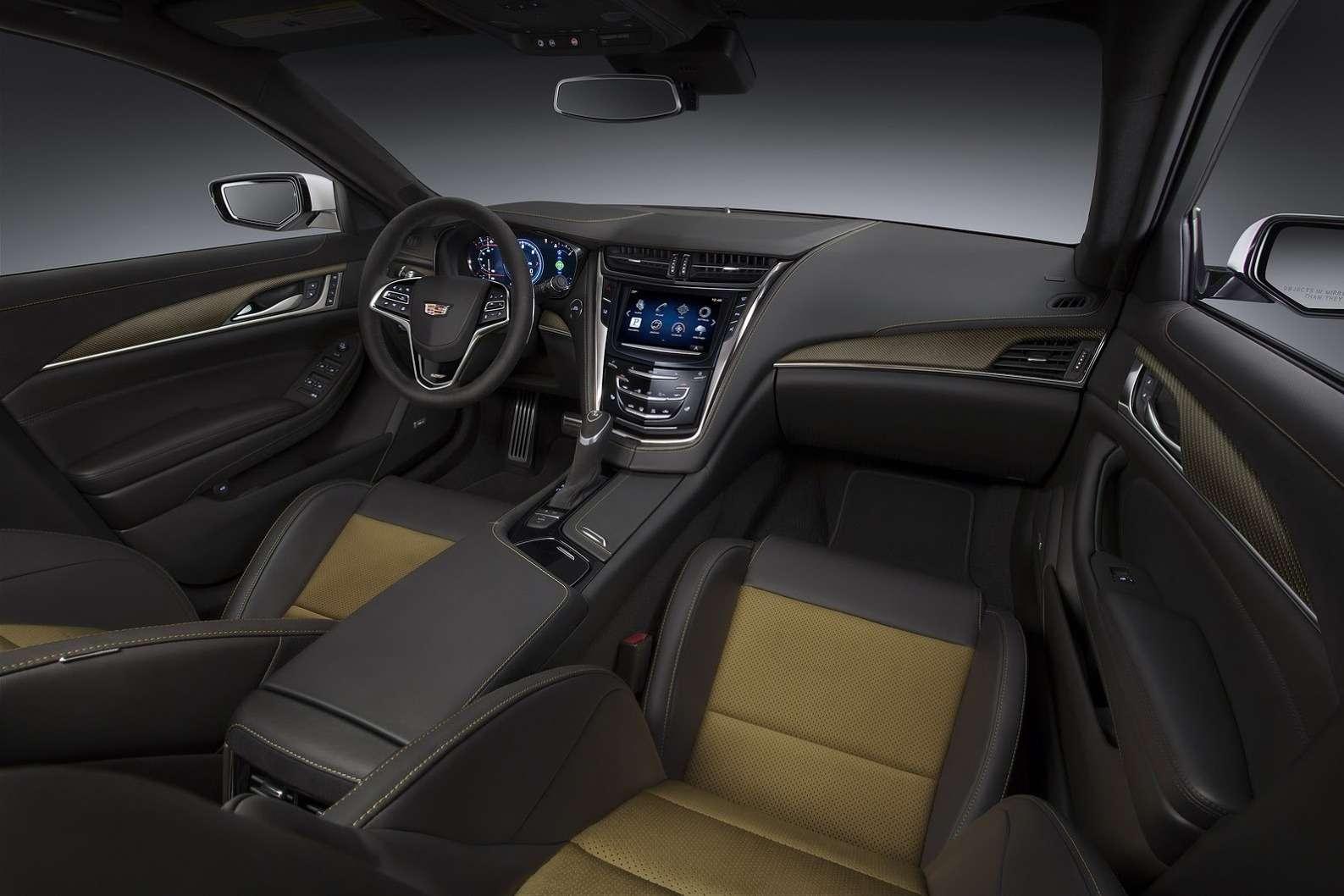 2016-Cadillac-CTS-V-Sedan-6