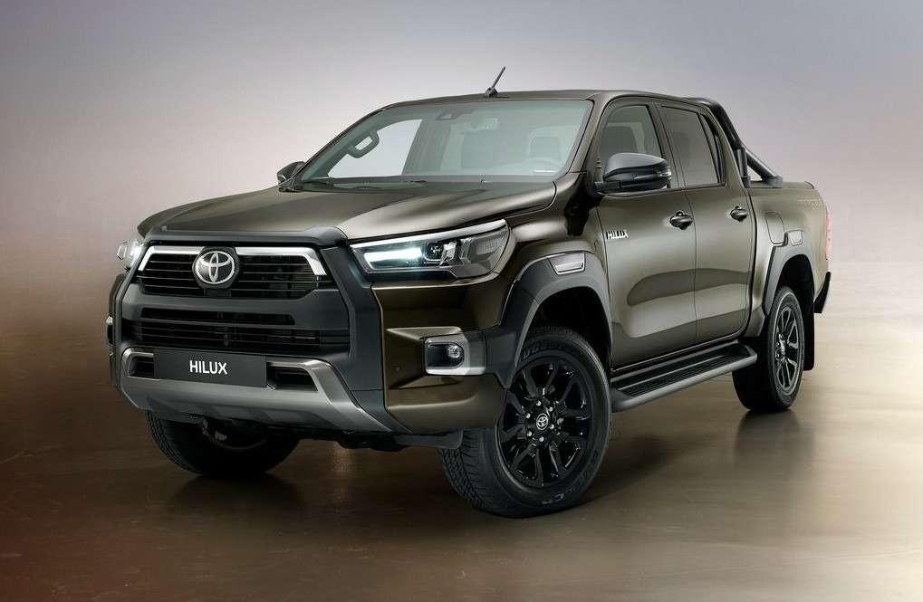 Обновления Toyota Hilux: другой двигатель ирешетка— фото 1138118