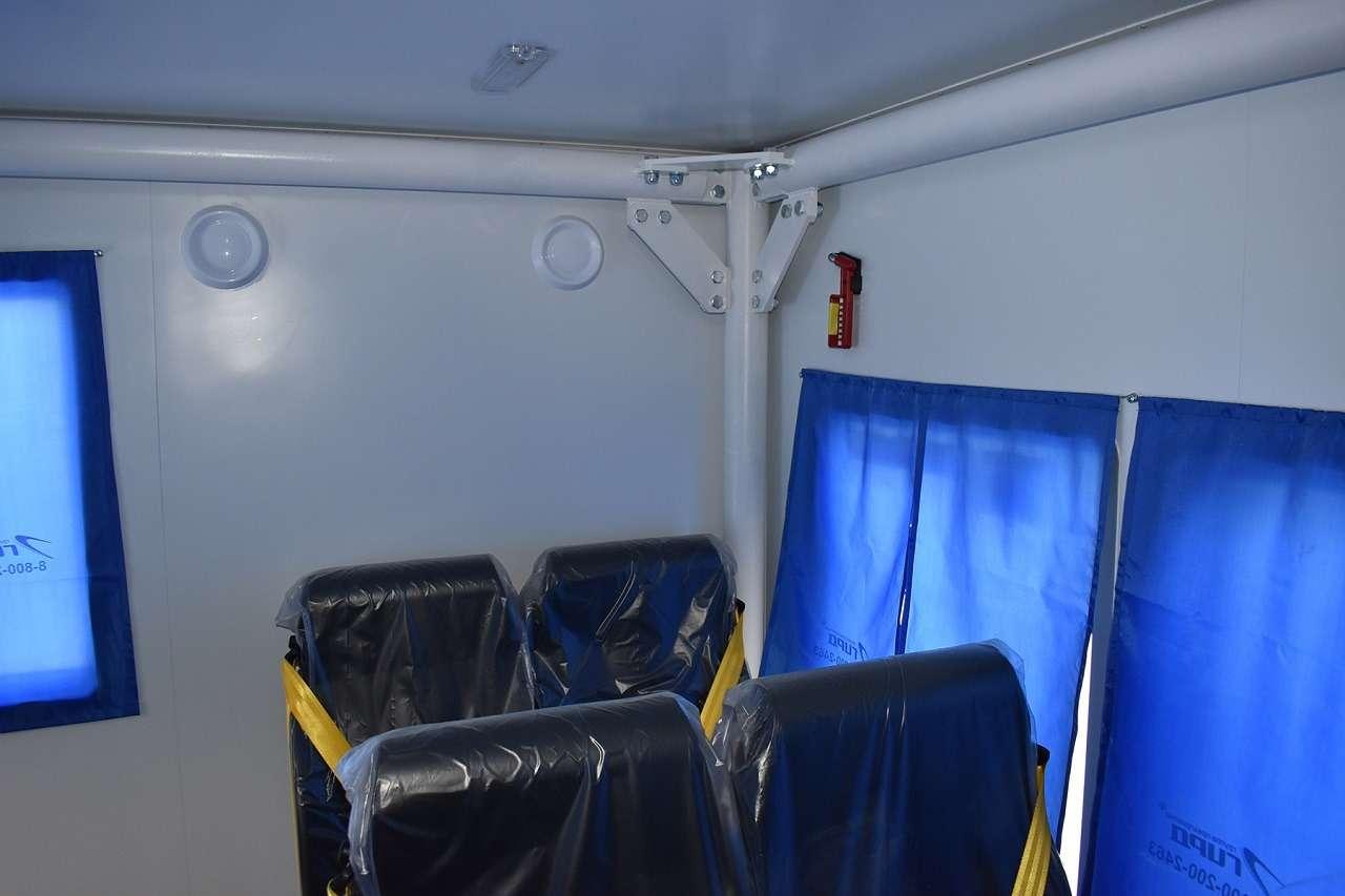Новый внедорожный автобус Урал «Берлога»— как онустроен— фото 1223296
