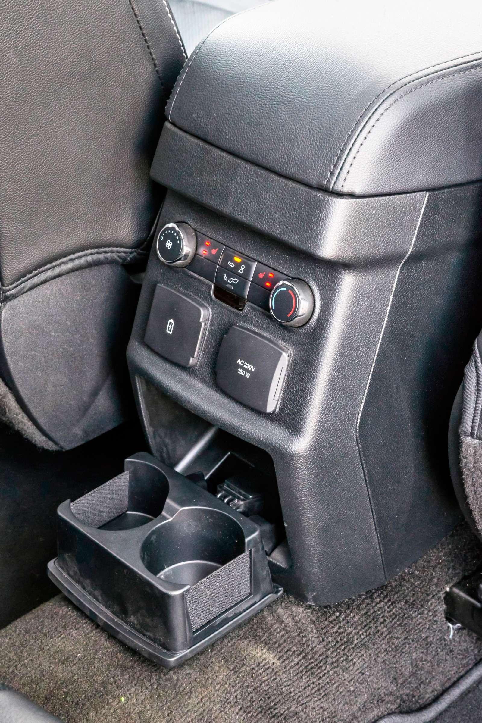 Тест полноразмерных кроссоверов: Honda Pilot, Kia Sorento Prime иFord Explorer— фото 614967
