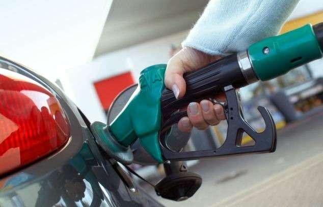 Исследование проведенное вВеликобритании показало, что заявленные производителями показатели расхода топлива намного меньше реальных цифр, иособенно у«экономичных» моделей, что оборачивается дляихвладельцев дополнительными финансовыми тратами