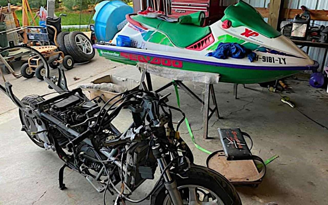 Сухопутный гидроцикл— самый странный Suzuki— фото 1158620