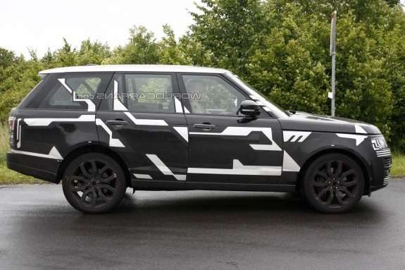 NewLand Rover Range Rover test prototype side view