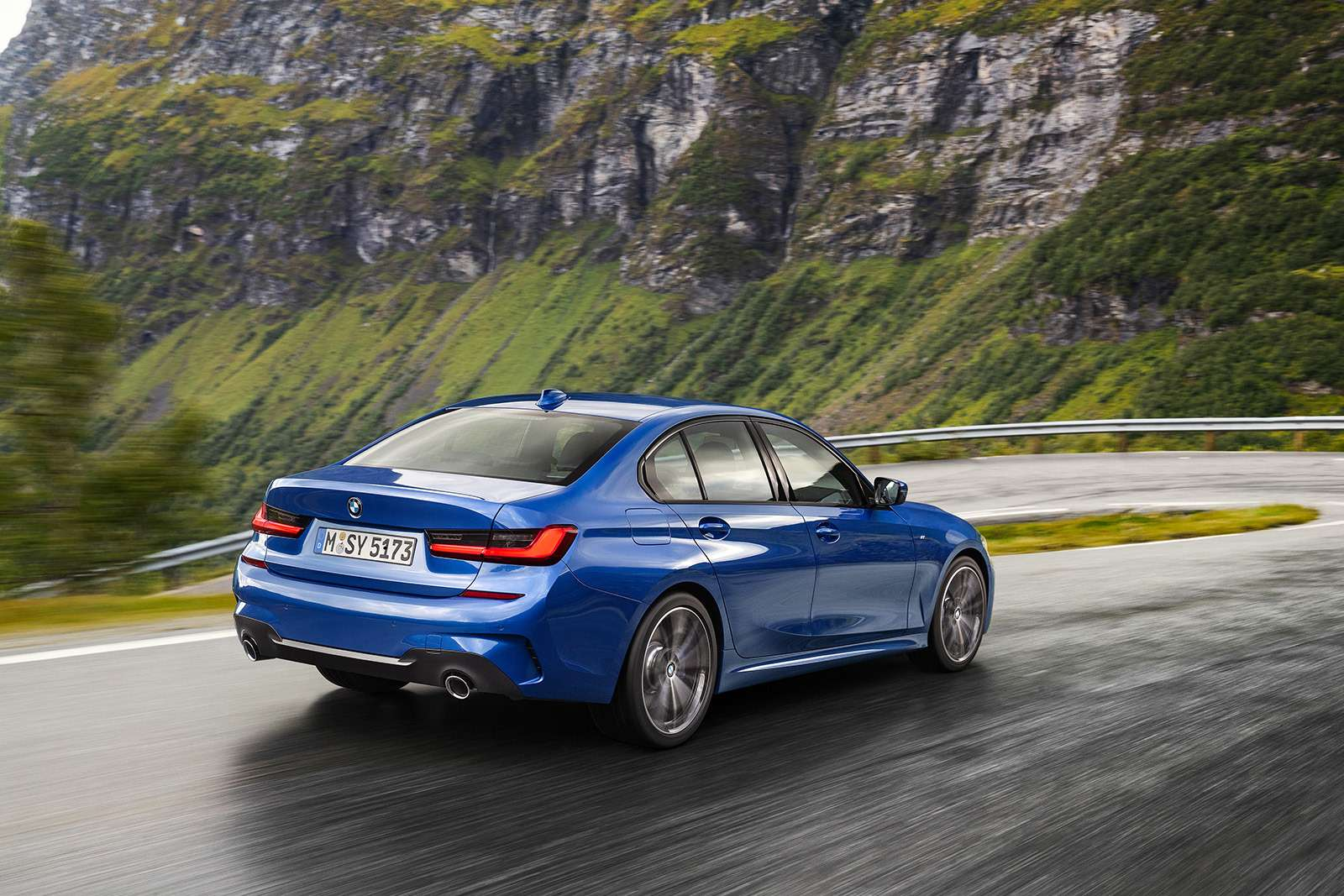 Новая 3-я серия BMW: мызнаем все ороссийской версии— фото 910318