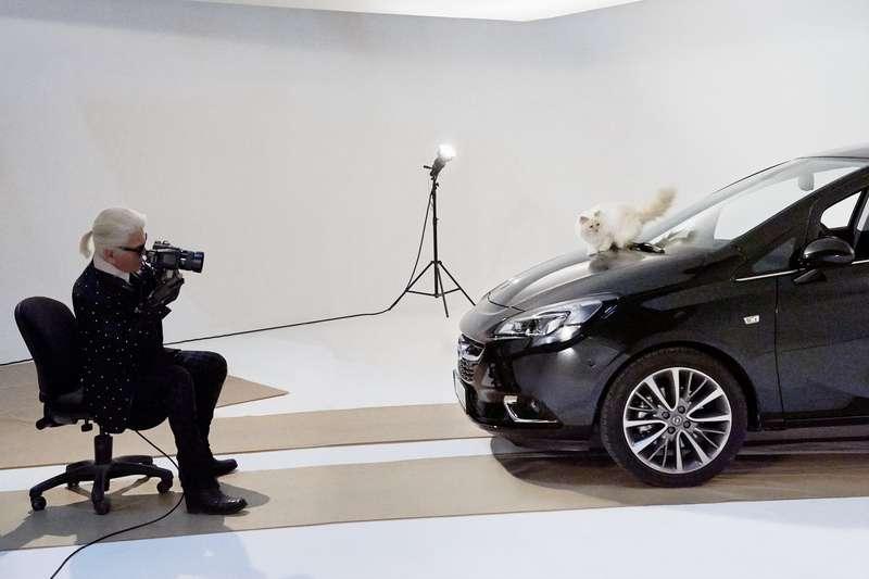 Opel Corsa calendar shoot inParis
