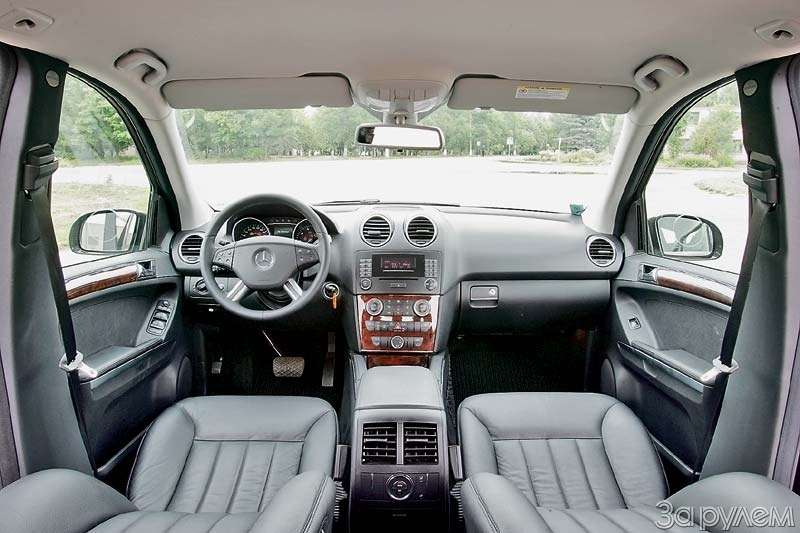Тест Mercedes-Benz ML350, Range Rover. Посторонним в...— фото 68088