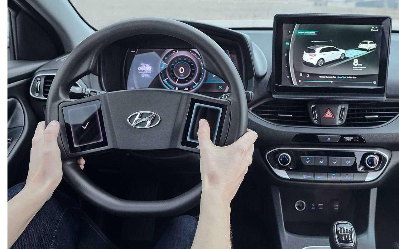 Руль ближайшего будущего: тачскрины вместо кнопок— фото 962924