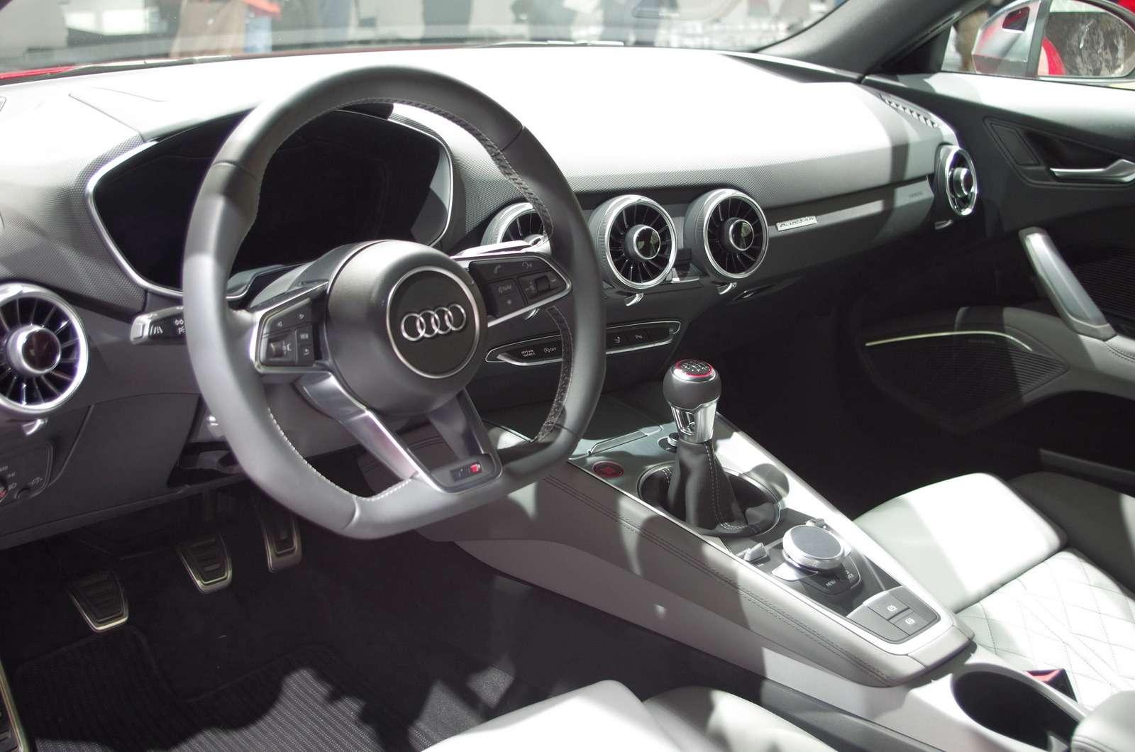Audi04