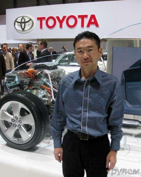 Toyota Prius III: Наголодном пайке— фото 92529