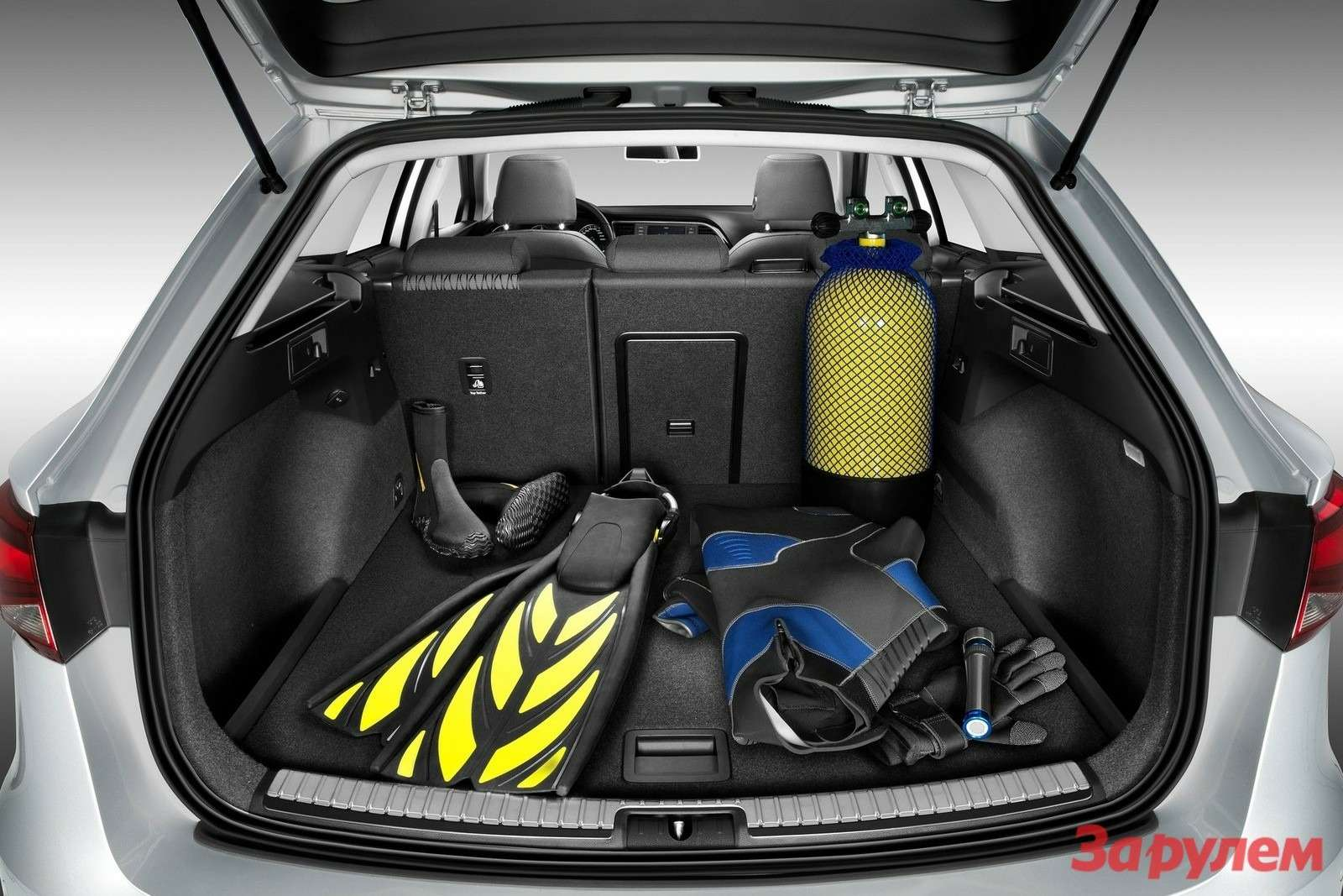 Seat Leon ST2014 1600x1200 wallpaper 0d